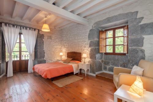 Seven-Bedroom House Casona Valle de Soba 14