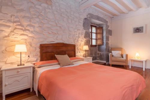 Seven-Bedroom House Casona Valle de Soba 16