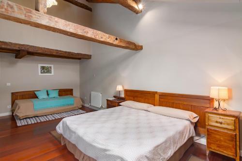 Seven-Bedroom House Casona Valle de Soba 13