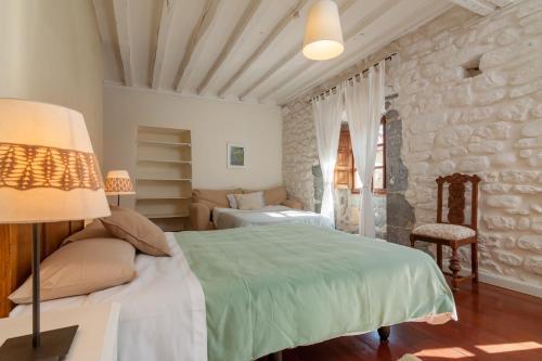 Seven-Bedroom House Casona Valle de Soba 11