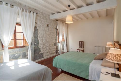 Seven-Bedroom House Casona Valle de Soba 10