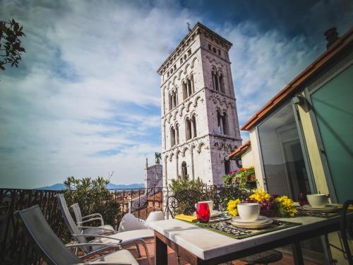 . Palazzo Rocchi