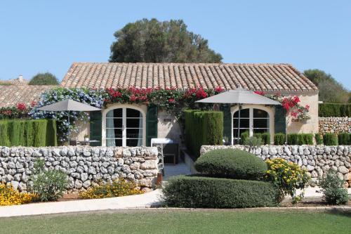 Habitación Doble Superior con terraza - 1 o 2 camas - Uso individual Cugó Gran Menorca 1