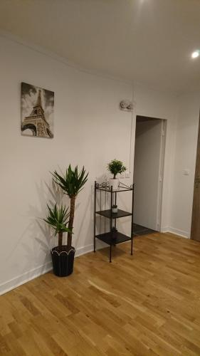 Charming Flat in Paris - Villette photo 13