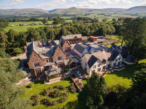 . Appleby Manor Hotel & Garden Spa