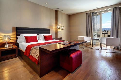 Olivia Plaza Hotel photo 45