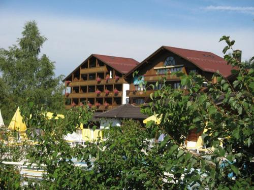 . Appartementhaus im Himmelreich