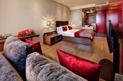 Olivia Plaza Hotel photo 53
