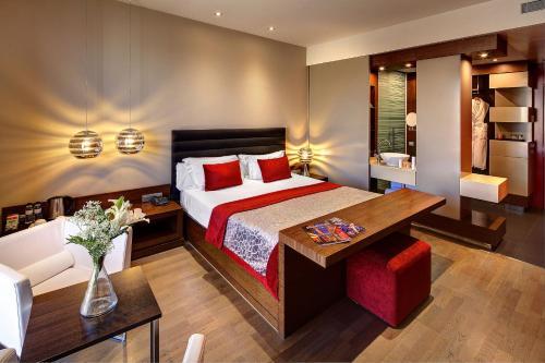 Olivia Plaza Hotel photo 56