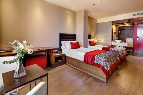 Olivia Plaza Hotel photo 57