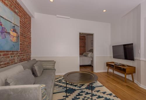 Deedee's Downtown Flats - Jersey City, NJ 07302