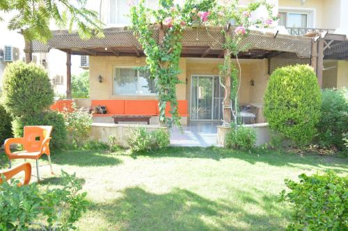 Two Bedroom Chalet in Stella Di Mare