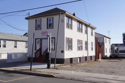 Shore Beach Houses - 43 - 29 Franklin Ave - Seaside Heights, NJ 08751