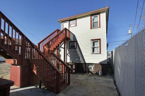 Shore Beach Houses - 43 - 30 Franklin Ave - Seaside Heights, NJ 08751
