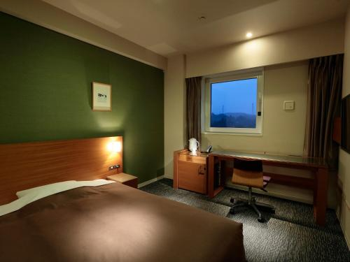 カンデオホテルズ亀山