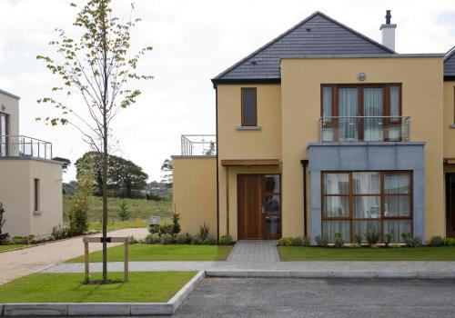 . Waterford Castle Hotel Lodges
