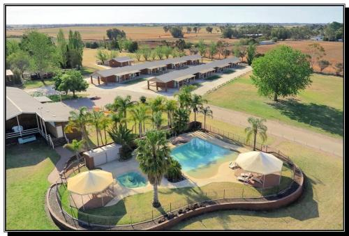 . Hilltop Resort