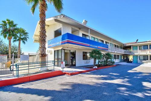 . Motel 6-Nogales, AZ - Mariposa Road