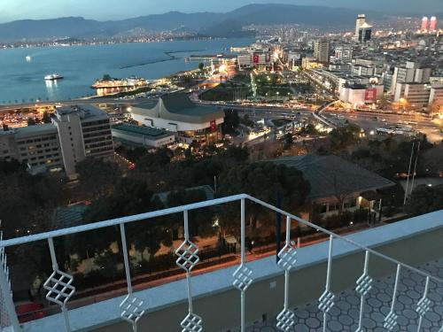 Izmir Büyük Konak İzmir online rezervasyon