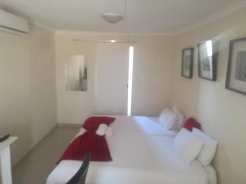 . Mo-nize Villa Guesthouse