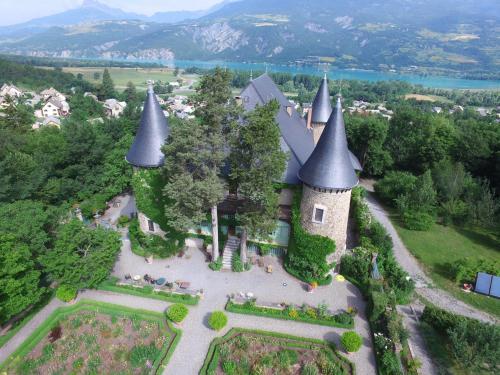 . Chateau De Picomtal
