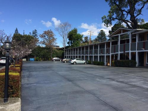 Oak Motel
