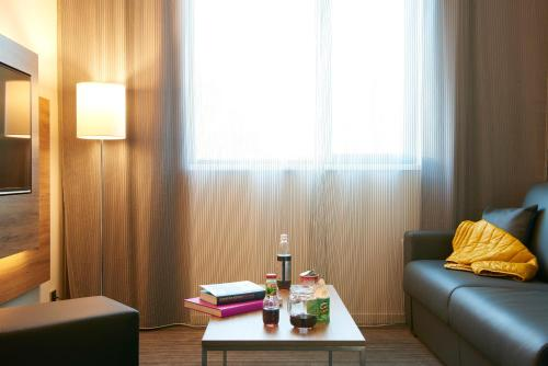 Moxy Frankfurt Airport photo 31