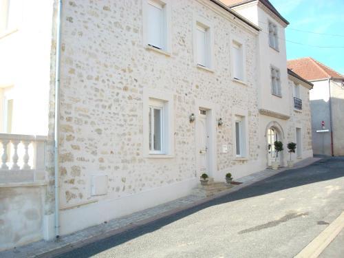 Chambres d'hotes Karine SMEJ - Chambre d'hôtes - Châtillon-sur-Marne