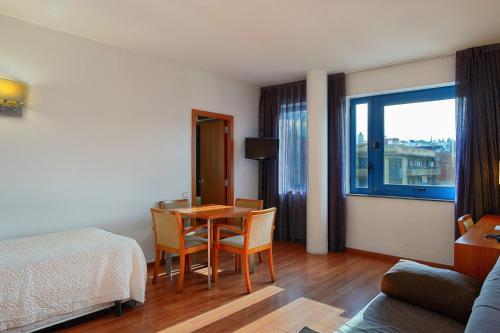 Hotel Acta Azul Barcelona photo 9