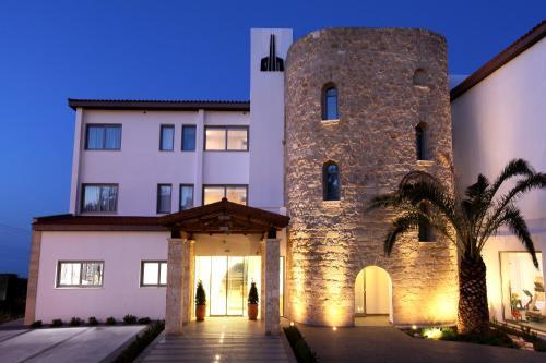 . Droushia Heights Hotel