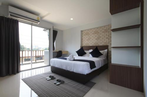Q Space Residence photo 62