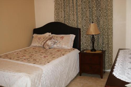 Hotel11a Cranbourne Ave, Kgn 10