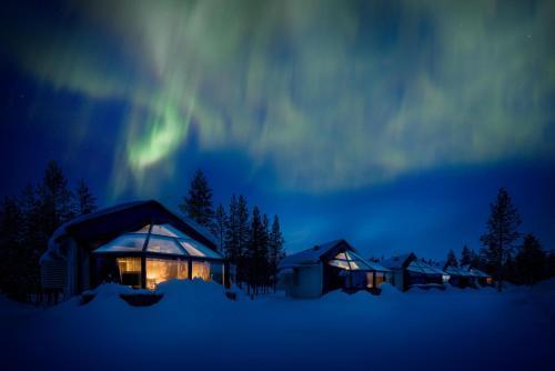 HotelSanta's Igloos Arctic Circle