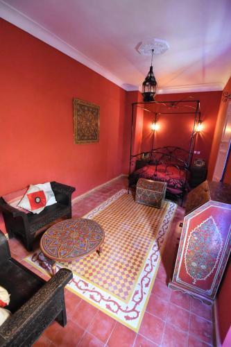 Riad Safi istabas fotogrāfijas
