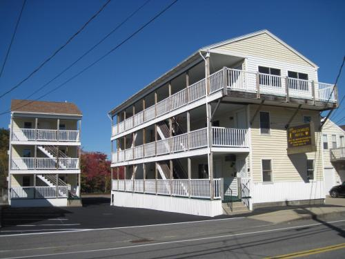 Sir Charles Motel - Old Orchard Beach, ME 04064