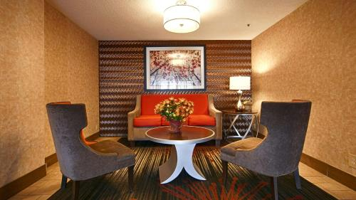 Best Western Plus Denver Tech Center Hotel - Englewood, CO 80112