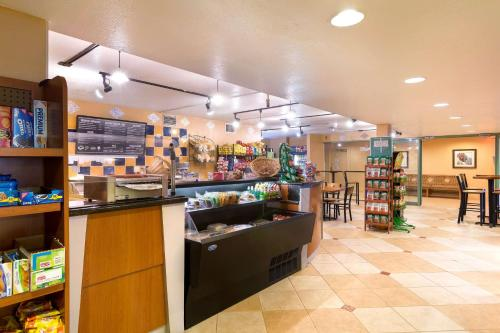 Best Western Orlando Gateway Hotel - Orlando, FL 32819