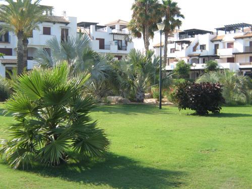 . Apartamento VenAVera Playa Jardines de Nuevo Vera J2-2C Ático Primera Línea WIFI