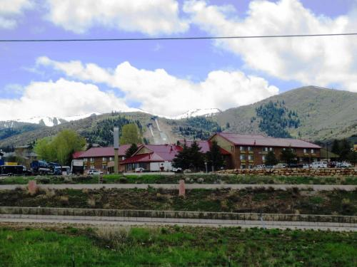 Accommodation in Wilmot Mountain
