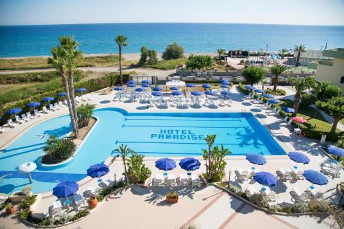 . Hotel Village Paradise