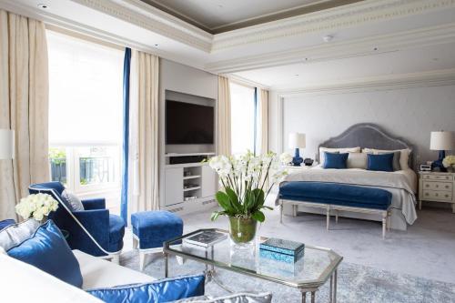 Four Seasons Hotel George V Paris photo 56
