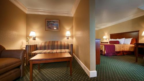 Best Western Willits Inn - Willits, CA 95490