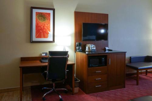 Best Western Plus Georgetown Corporate Center Hotel - Georgetown, KY 40324