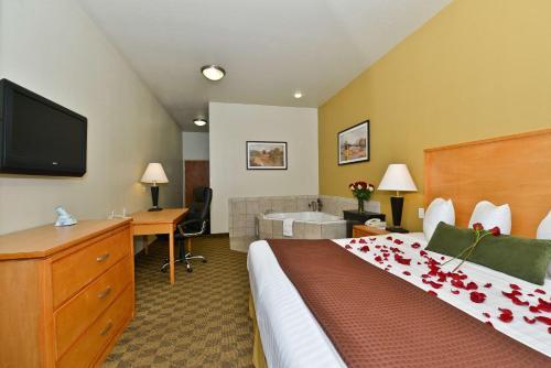 Best Western Plus Guymon Hotel & Suites - Guymon, OK 73942