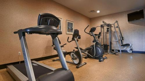 Best Western Plus Lytle Inn And Suites - Lytle, TX 78052
