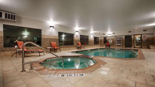 Best Western Plus Palo Alto Inn And Suites - San Antonio, TX 78224