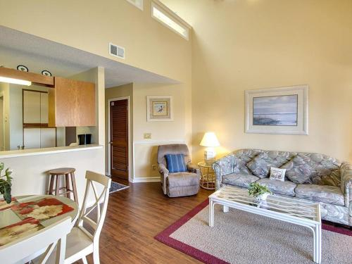 The Inn At St. Thomas Square #514 - Panama City Beach, FL 32408