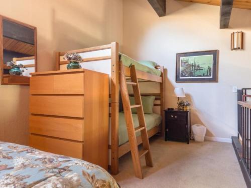 Kingswood Family Condo - Kings Beach, CA 96143