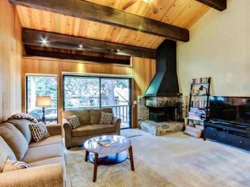 Kingswood Meadow View - Kings Beach, CA 96143