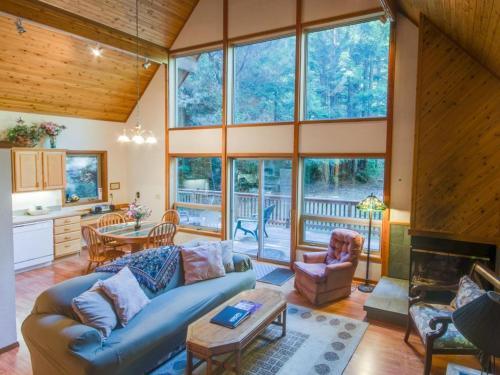 Redwood Rest - Mendocino, CA 95460